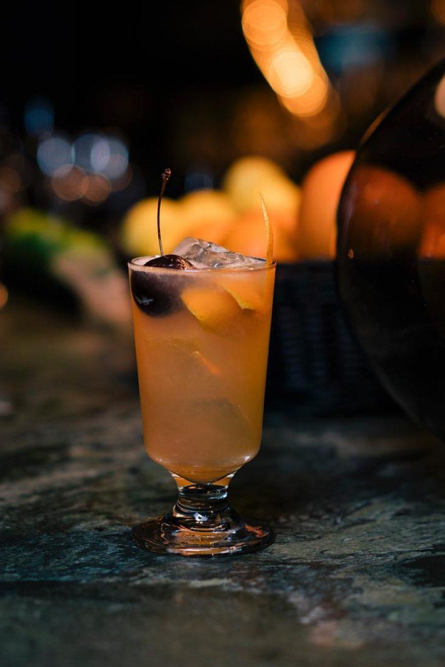 AMANO_Bar_Drink